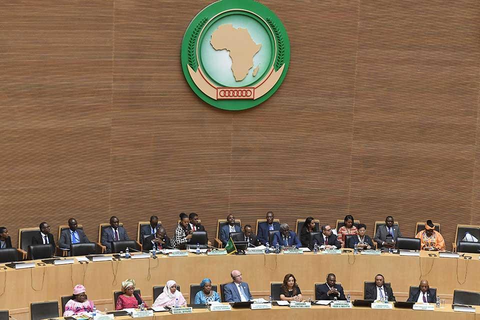 Reuters: Suspected Chinese Hackers Stole AU Surveillance Video