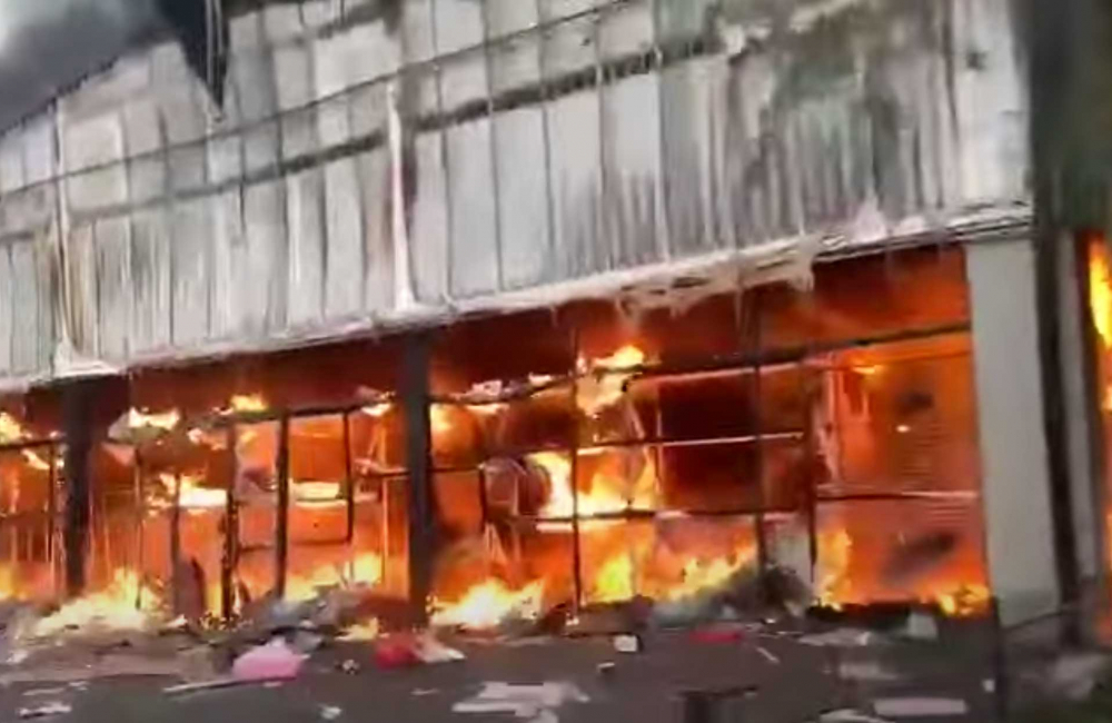 China Malls Looted and Burned in South Africa Riots